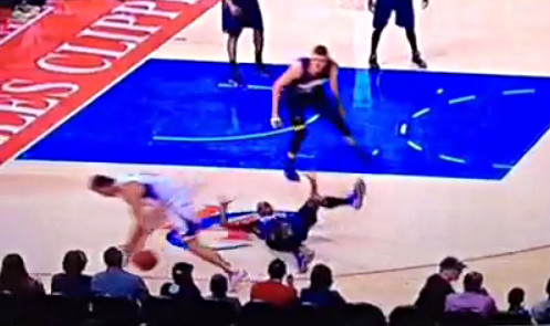 Quand Hedo Turkoglu humilie Anthony Tolliver
