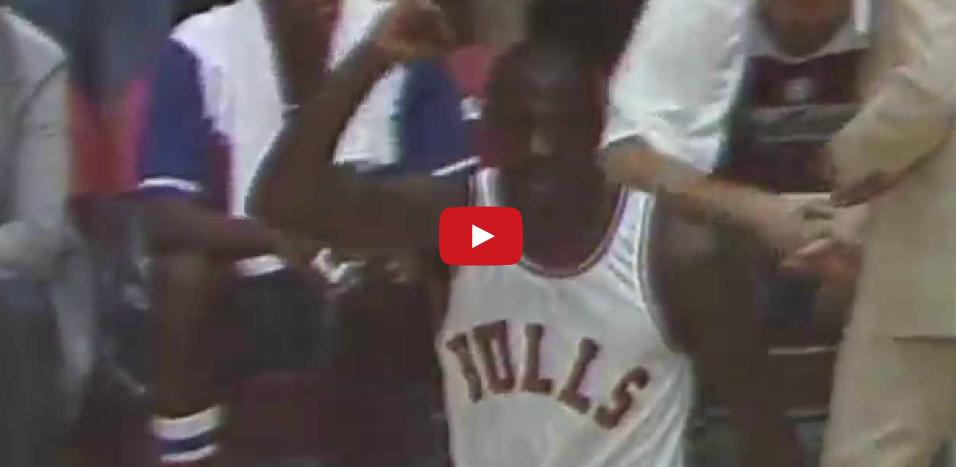 Top 10 vintage : Michael Jordan & Stacey Augmon en feu (mars 1995)