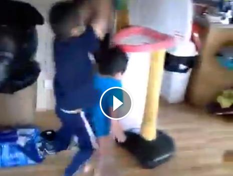 Vidéo : Le face du jour par un gamin de 3 ans !