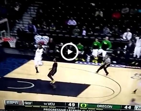 EPIC FAIL : Le dunk le plus foiré de l'année en NCAA