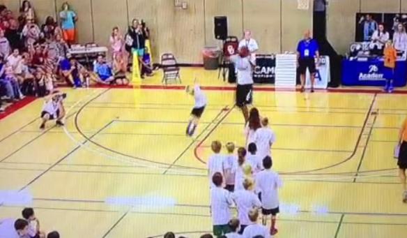Vine : Kevin Durant met un énorme contre à un enfant