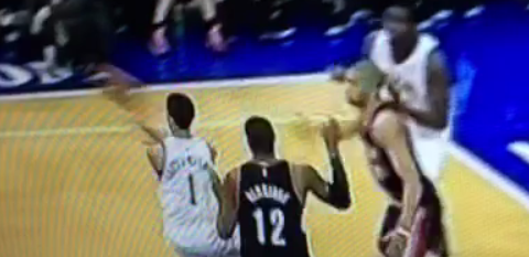 Fail : Michael Carter-Williams a vu l'arbitre démarqué