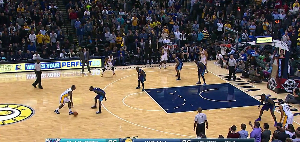 Clutch : Le buzzer beater de Solomon Hill