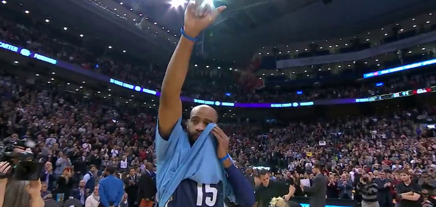 Vince Carter rend hommage à Stephen Curry