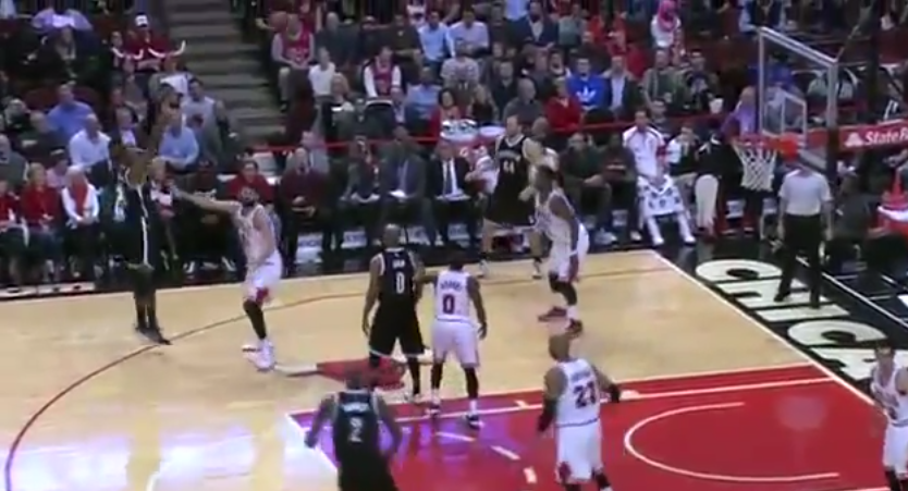 WTF : Le Air Ball totalement fou de Cory Jefferson !