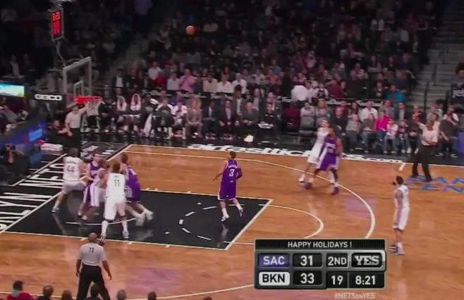 Vidéo : Les Kings ont essayé leur défense à quatre...