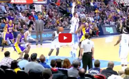 Vidéo : La superbe passe aveugle de Kobe Bryant
