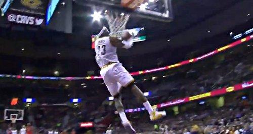 Top 10 : Kobe et Wade ont encore des jambes, Westbrook et LBJ massacrent le cercle