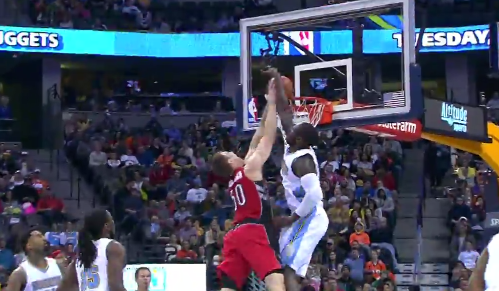 Top 10 : Tyler Hansbrough et Kenneth Faried à l'état sauvage