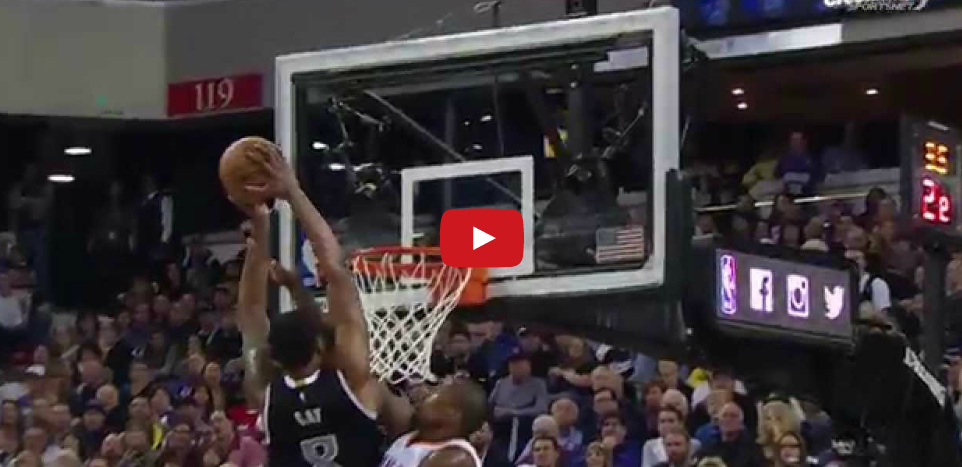Dunks de la semaine : Rudy Gay & James Johnson en mode poster !