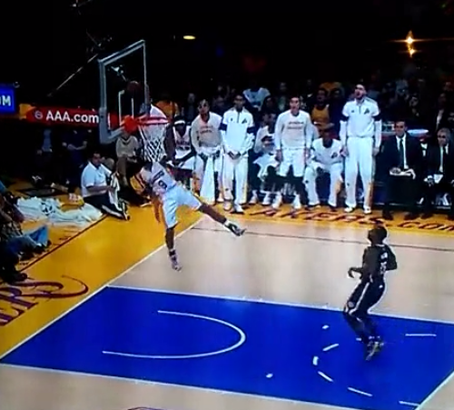 Fail : Ronnie Price foire un dunk en contre-attaque