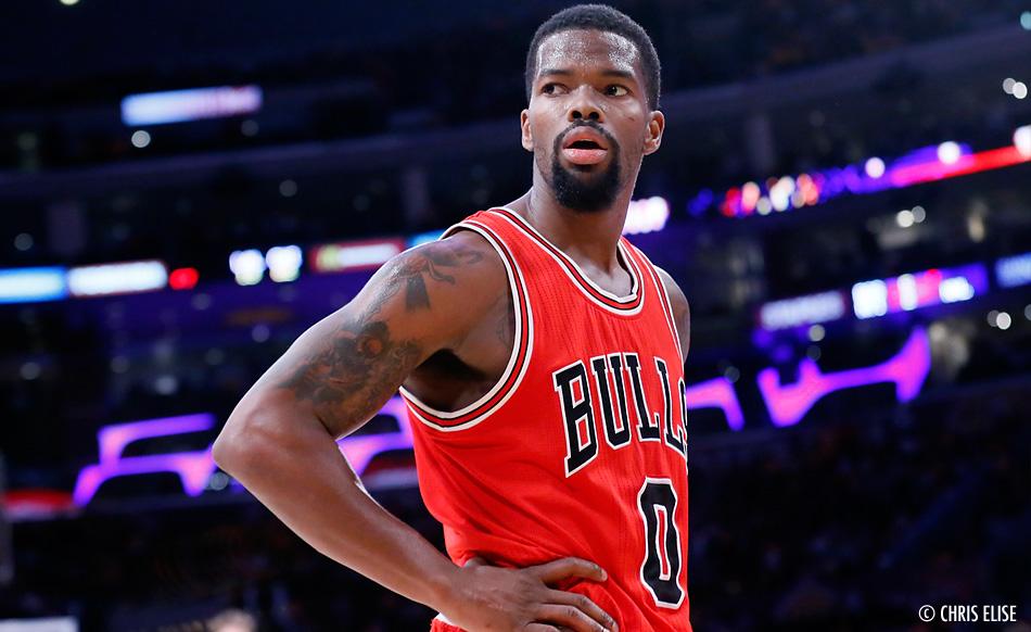 Aaron Brooks conservé par les Bulls