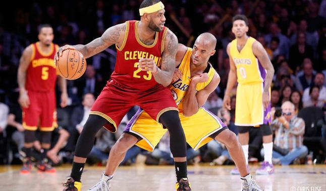 LeBron : « Il fallait toujours être prêt pour jouer Kobe »