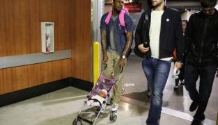 Les rookies des Lakers ont un bébé à charge…