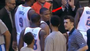 Quand Westbrook fusille Jeremy Lamb… pour un simple high five