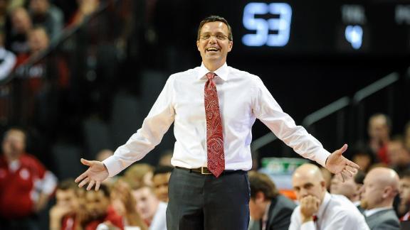 Quand le coach de Nebraska cadenasse les portes du vestiaire
