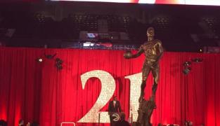 Une statue à l'effigie de Dominique Wilkins dévoilée par les Hawks