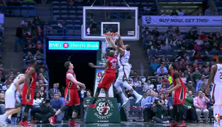 Top 10 dunks : Josh Smith martyrise Chris Kaman