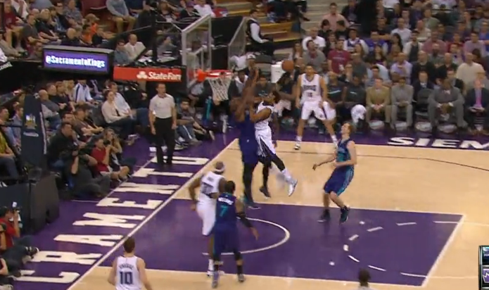 Top 10 : Brook Lopez et Derrick Williams écrasent TOUT !!!