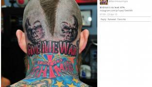Tatouage : Chris Andersen fait encore plus flipper