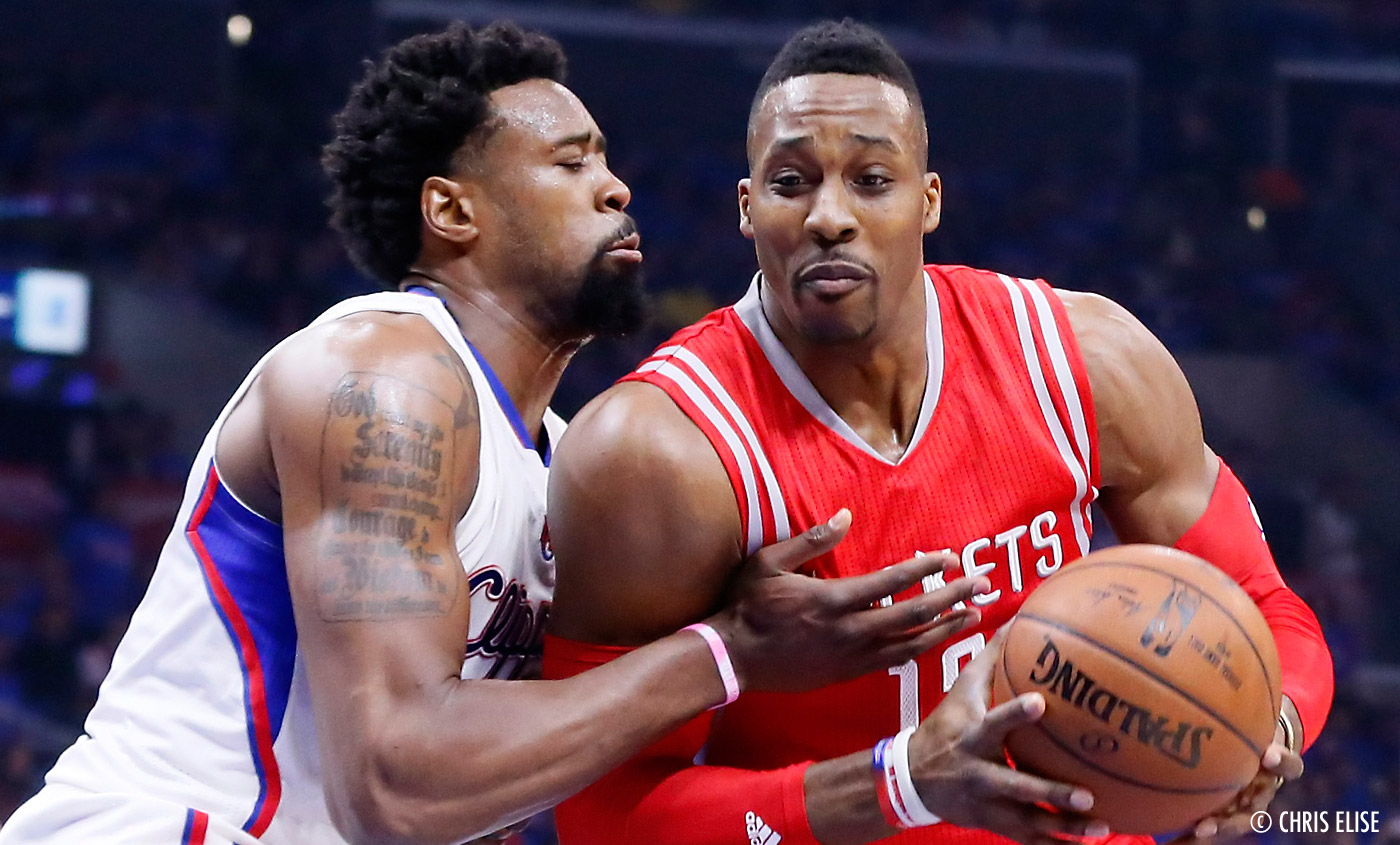 Dwight Howard signe avec Peak