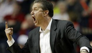 Le coach de Kentucky s'en prend à Duke