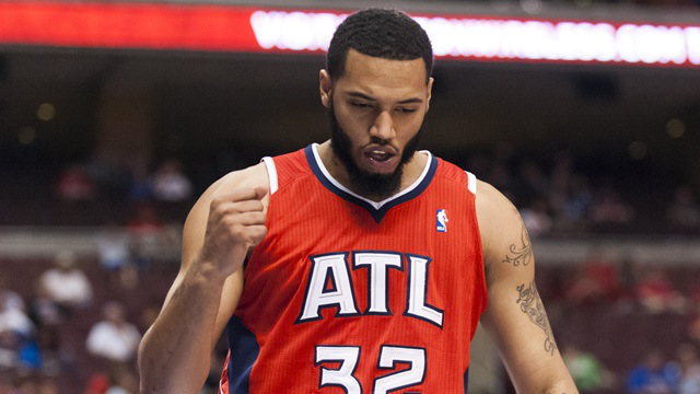 Mike Scott prend la direction des Phoenix Suns