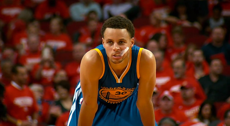 Un Curry de gala (40 pts), les Warriors explosent les Rockets !
