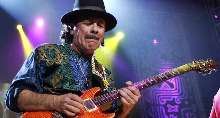 Carlos Santana a enflammé la salle des Warriors