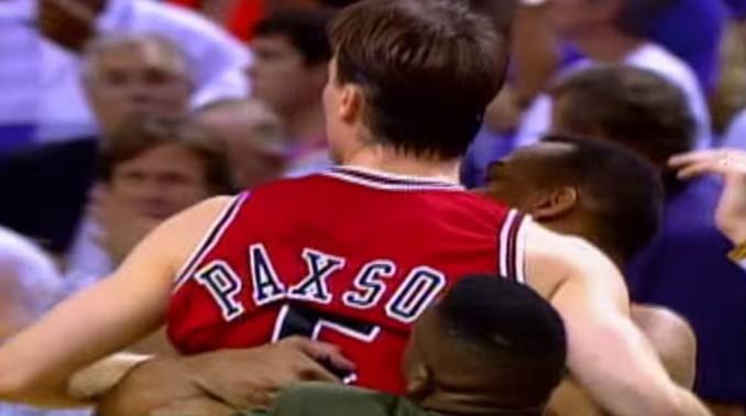 Il y a 22 ans, John Paxson offrait le