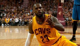 Les 10 plus belles actions de LeBron James en 2015