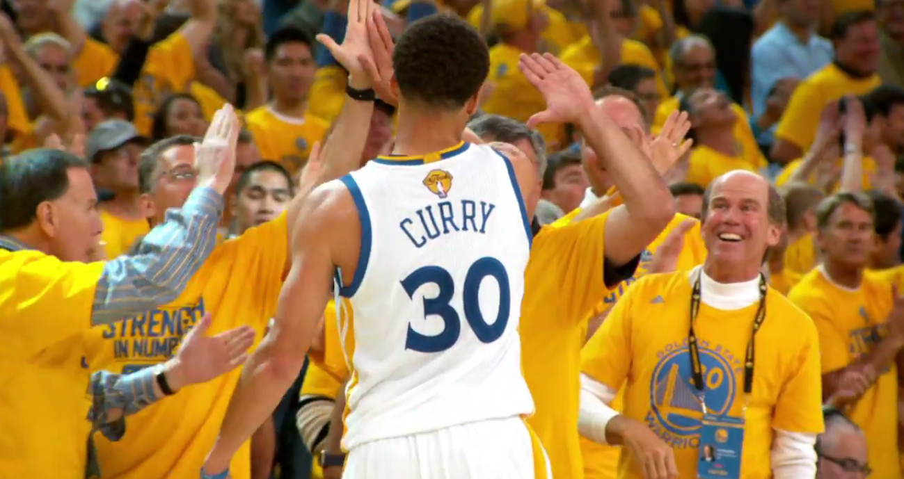 Stephen Curry, roi des ventes durant les playoffs !