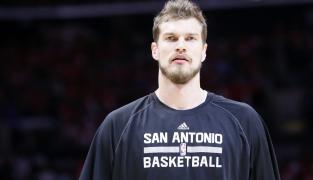 Splitter envoyé à Atlanta : Les Spurs ouvrent la porte à Aldridge