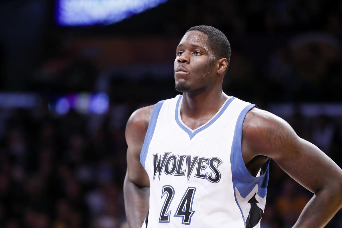 Anthony Bennett officiellement libéré par les Wolves