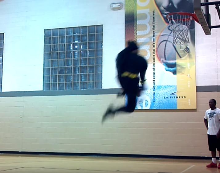 Quand Batman enchaîne les dunks