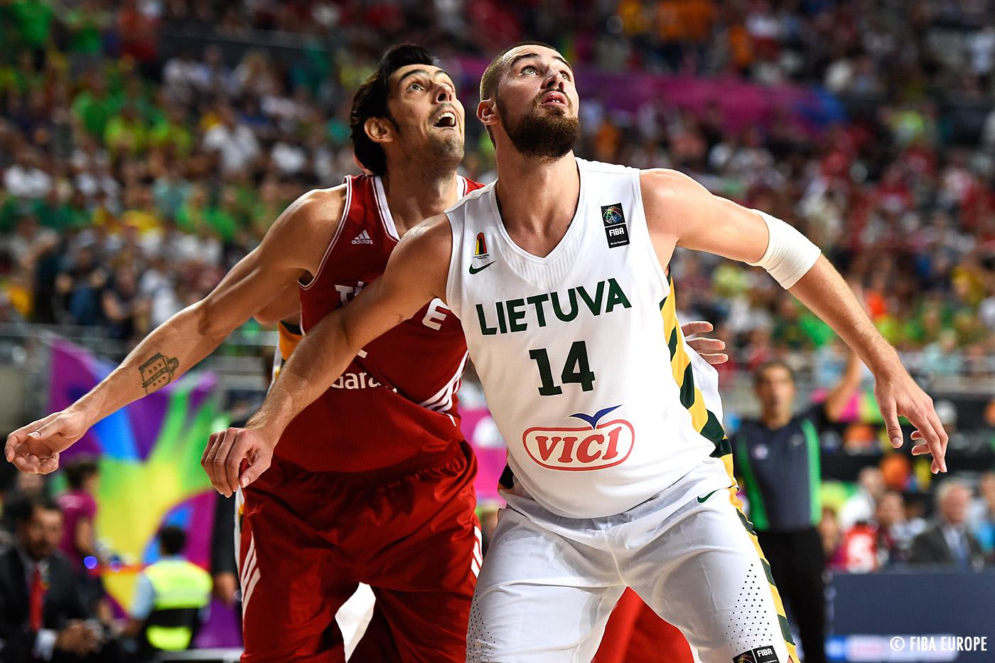 Jonas Valanciunas envoie la Lituanie en demi-finale