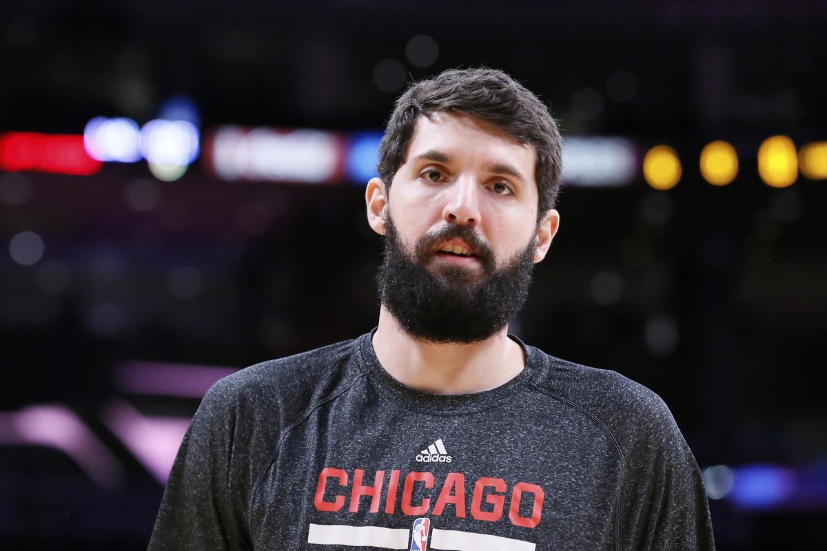 Mirotic et Butler surprennent Milwaukee, les Bulls toujours vivants