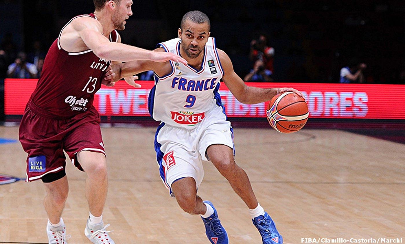 France - Lettonie : Carton pour Canal + Sport