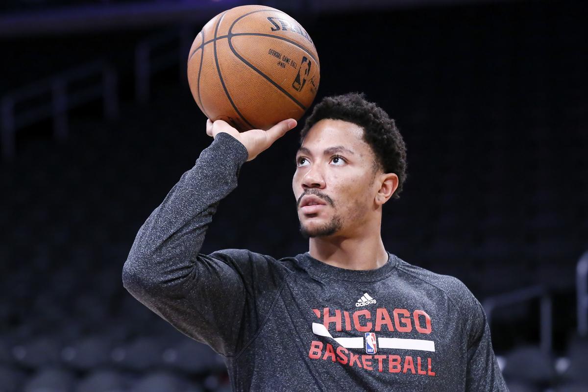 Derrick Rose déjà en galère avec l'attaque en triangle des Knicks