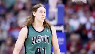 Al Horford rend hommage à Kelly Olynyk