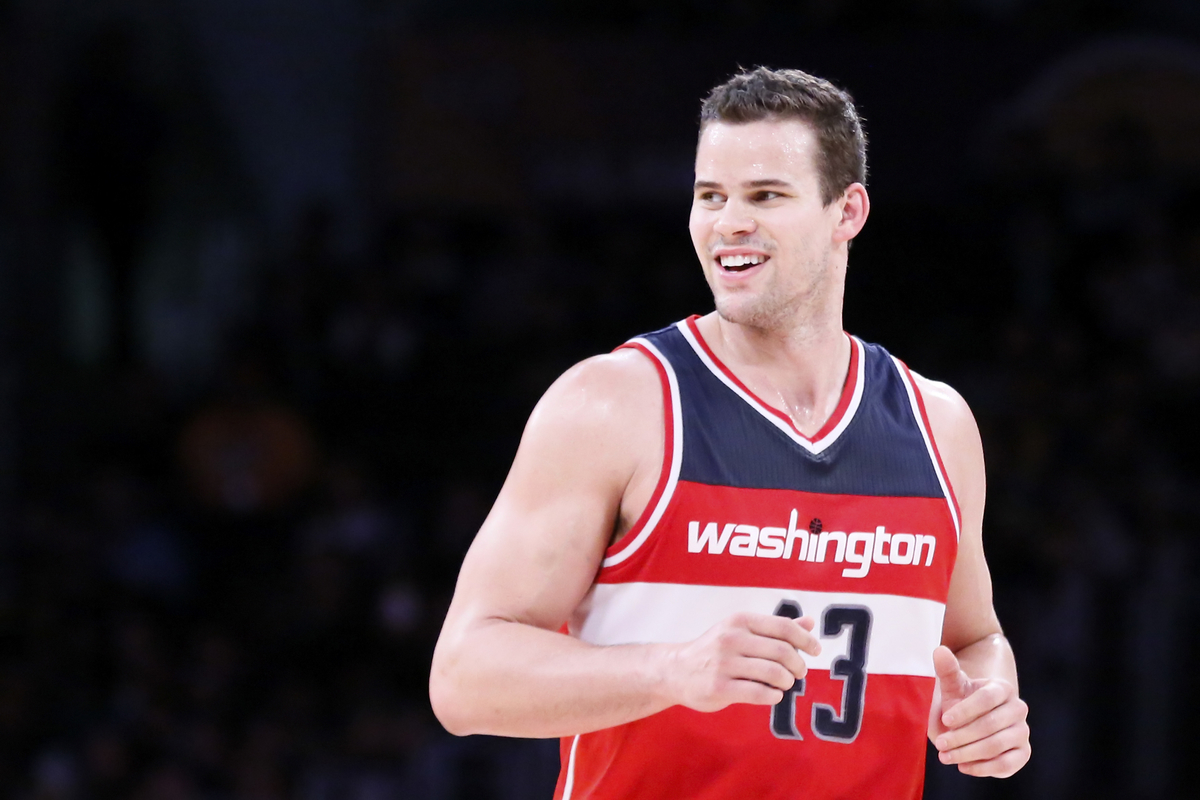Kris Humphries reste à Atlanta
