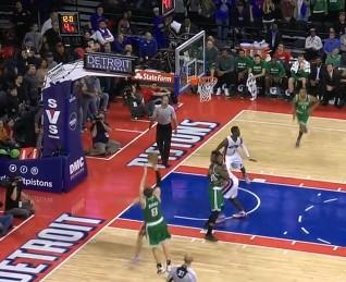 Jonas Jerebko crucifie les Pistons, les Celtics s'imposent à Auburn Hills