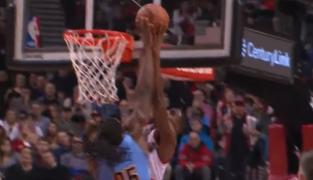Not in my house : Kenneth Faried scotche Moe Harkless