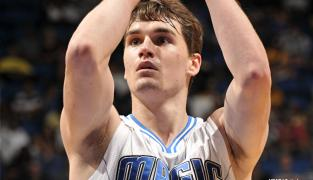 Le Magic essaye de refourguer Hezonja