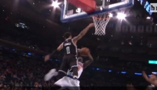 Not in my house : le block aérien de Shane Larkin