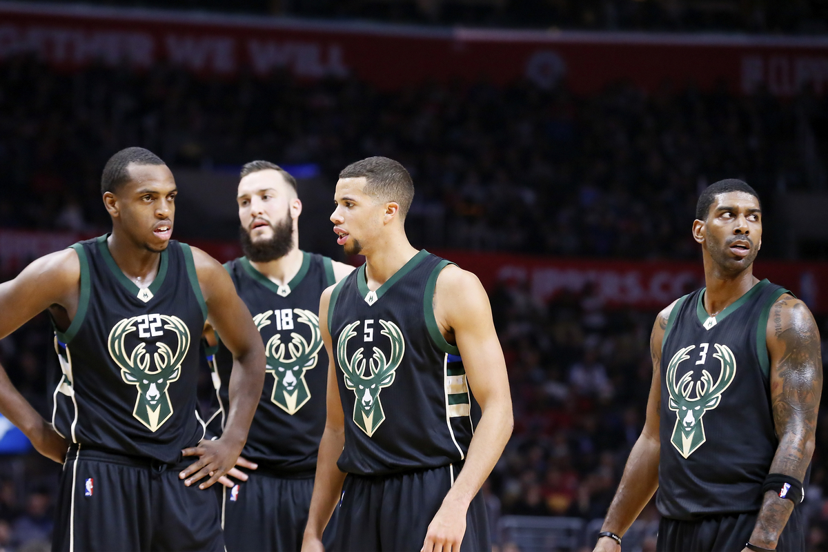 Les Bucks d'un bon Greg Monroe dominent les Wolves