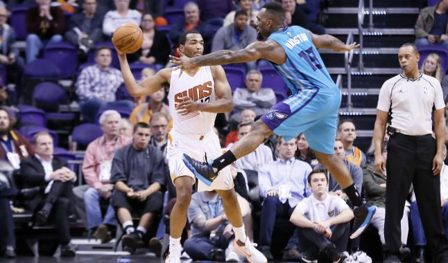 Les Suns filent 50 millions à TJ Warren