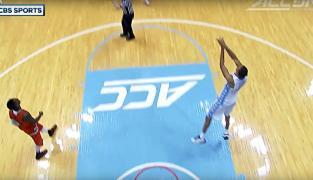 NCAA : Brice Johnson marque de son propre panier !