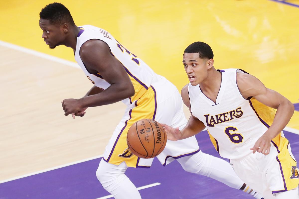 Les Lakers étrillent les Pelicans