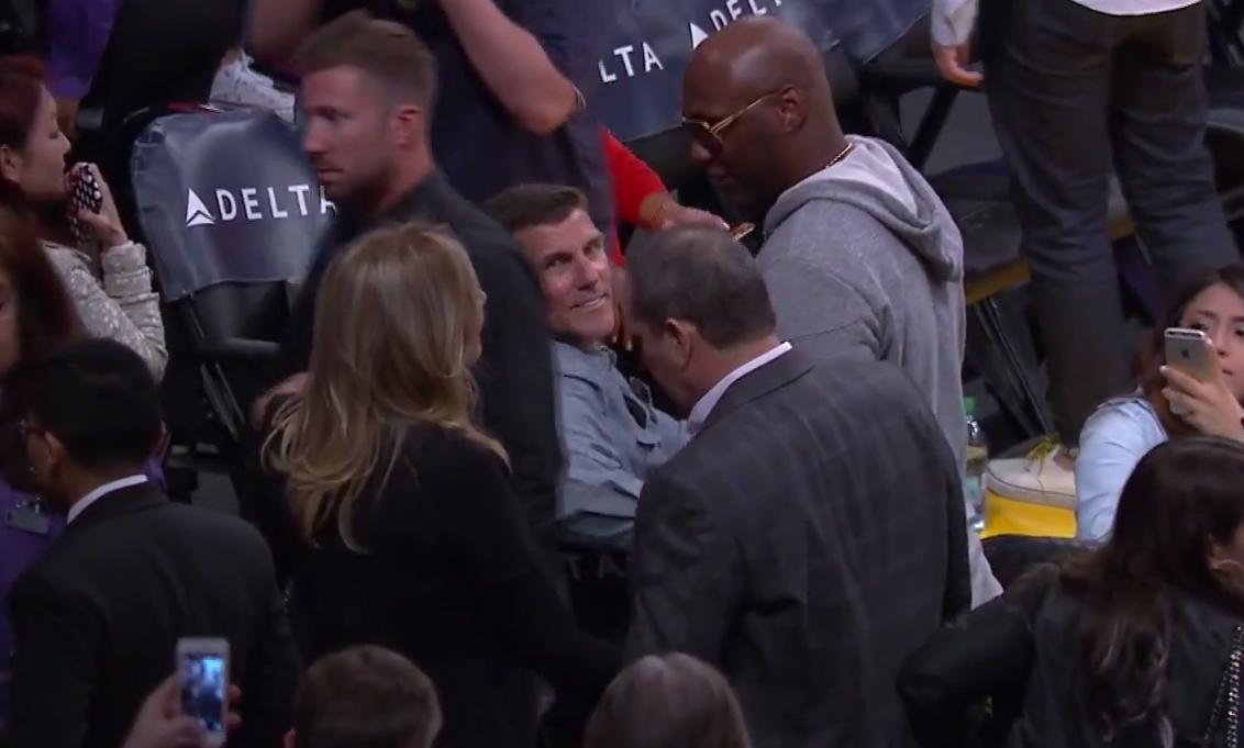 Lamar Odom invité par Kobe Bryant au Staples Center